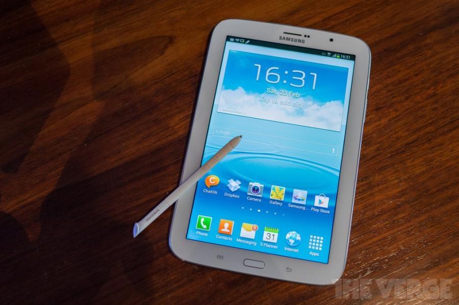 갤럭시노트 8.0 보급형 태블릿폰인가