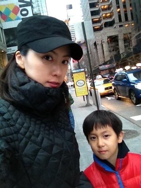 홍은희, 유준상 닮은 아들 공개