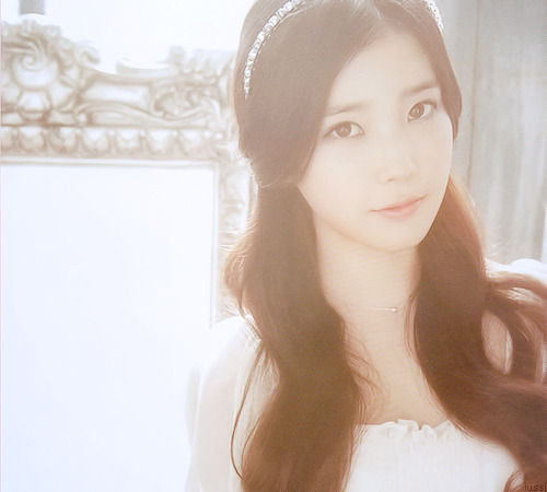 아이유 축가 - 복숭아 (G.고릴라&김주일 결혼식)