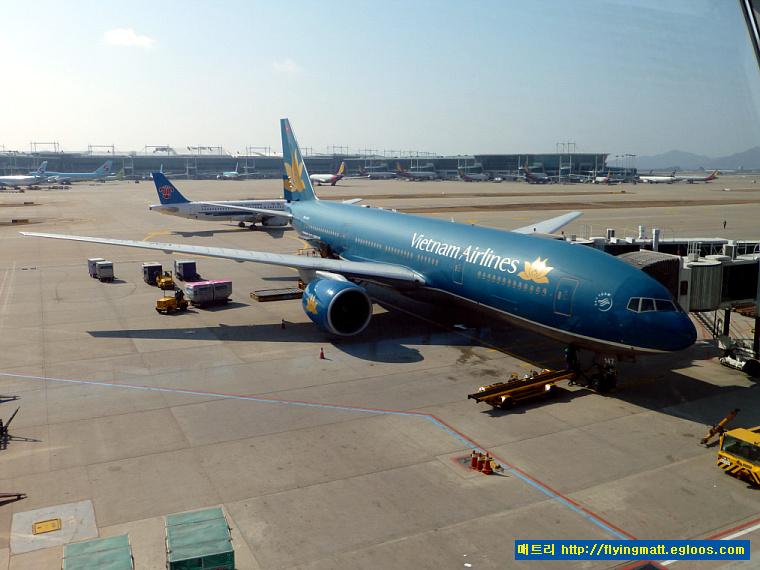 VN409 ICN→SGN / 베트남항공 비지니스 클래스 서..