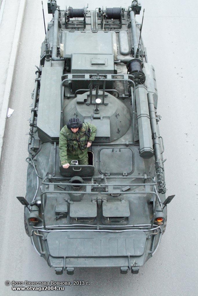 5월 9일의 승리의 날 퍼레이드를 준비하던 중앙군관부..
