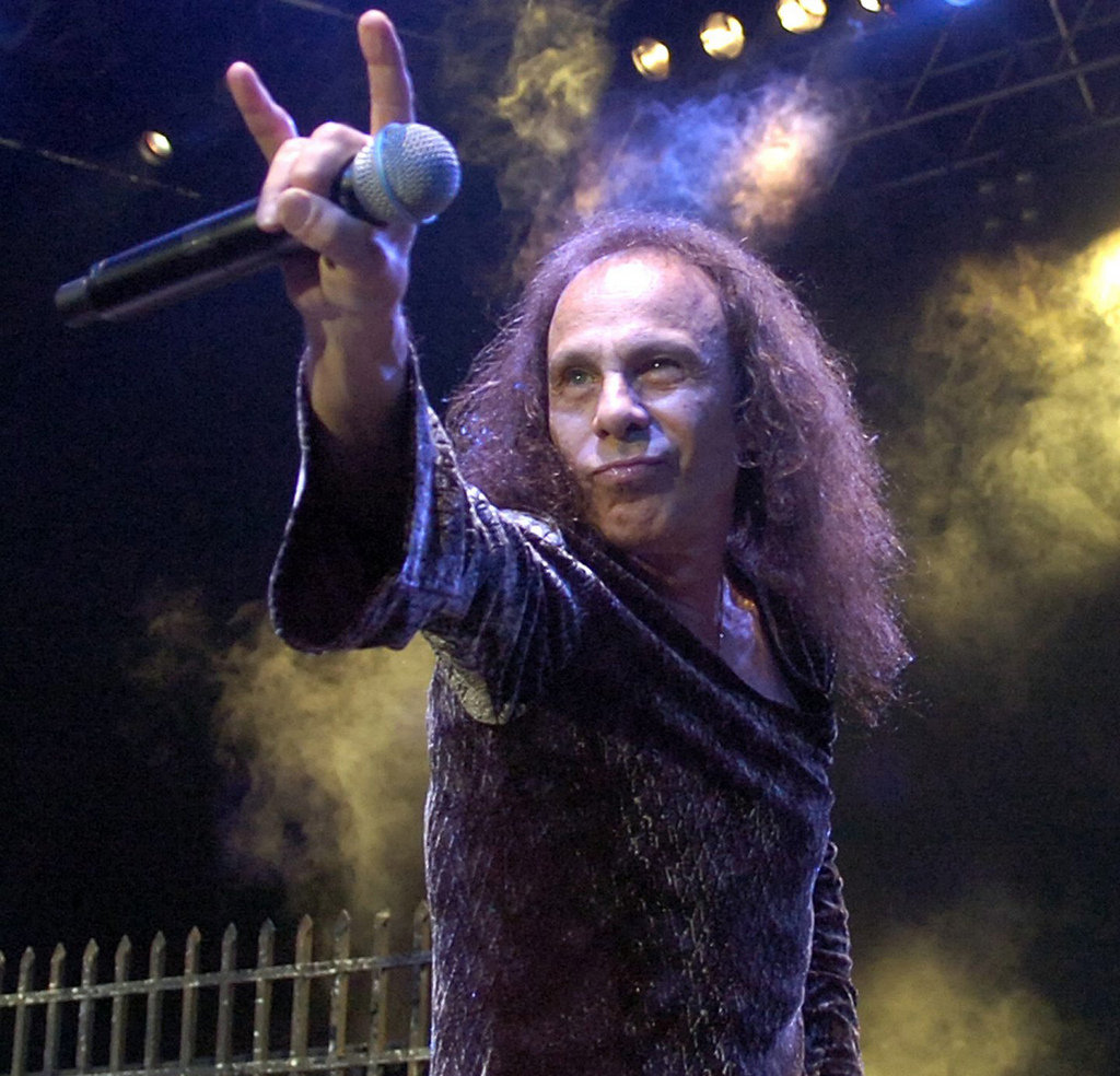 [Review] RIP. Ronnie James Dio