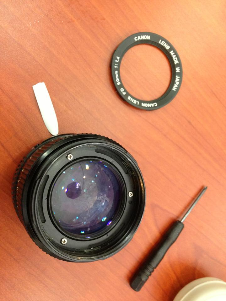 Canon FD 50mm F1.4 렌즈 내 이물질 제거