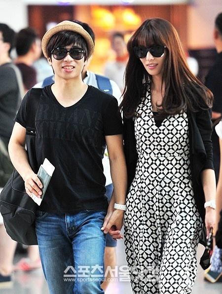 유은성-김정화, 신혼부부 포착