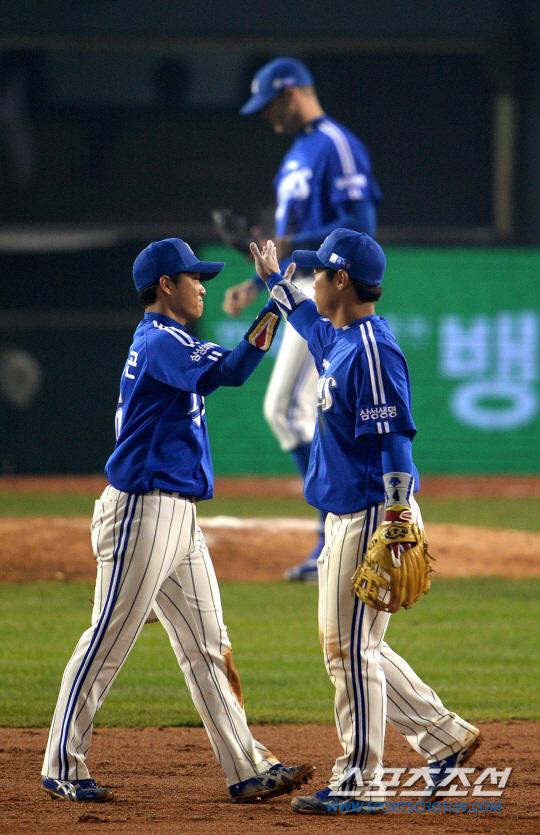 'LG 출신' 삼성 콤비, 역전 우승 기여할까?