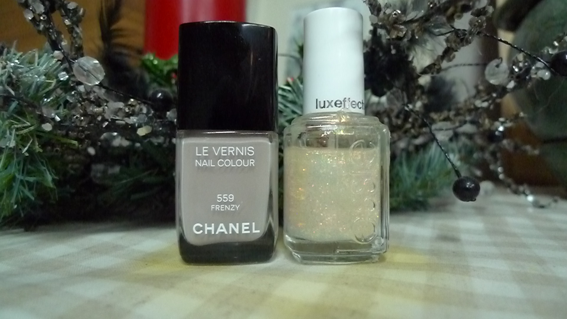 CHANEL 559 frenzy, ESSIE shine of the times
