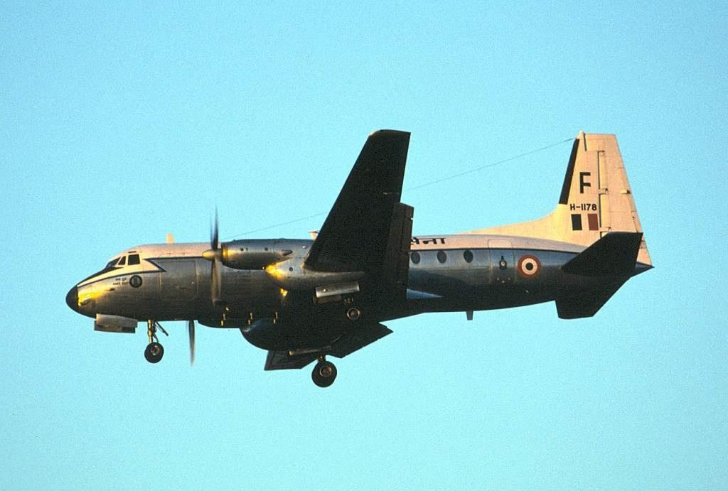 중형 수송기 사업을 재조정하려는 인도 국방부
