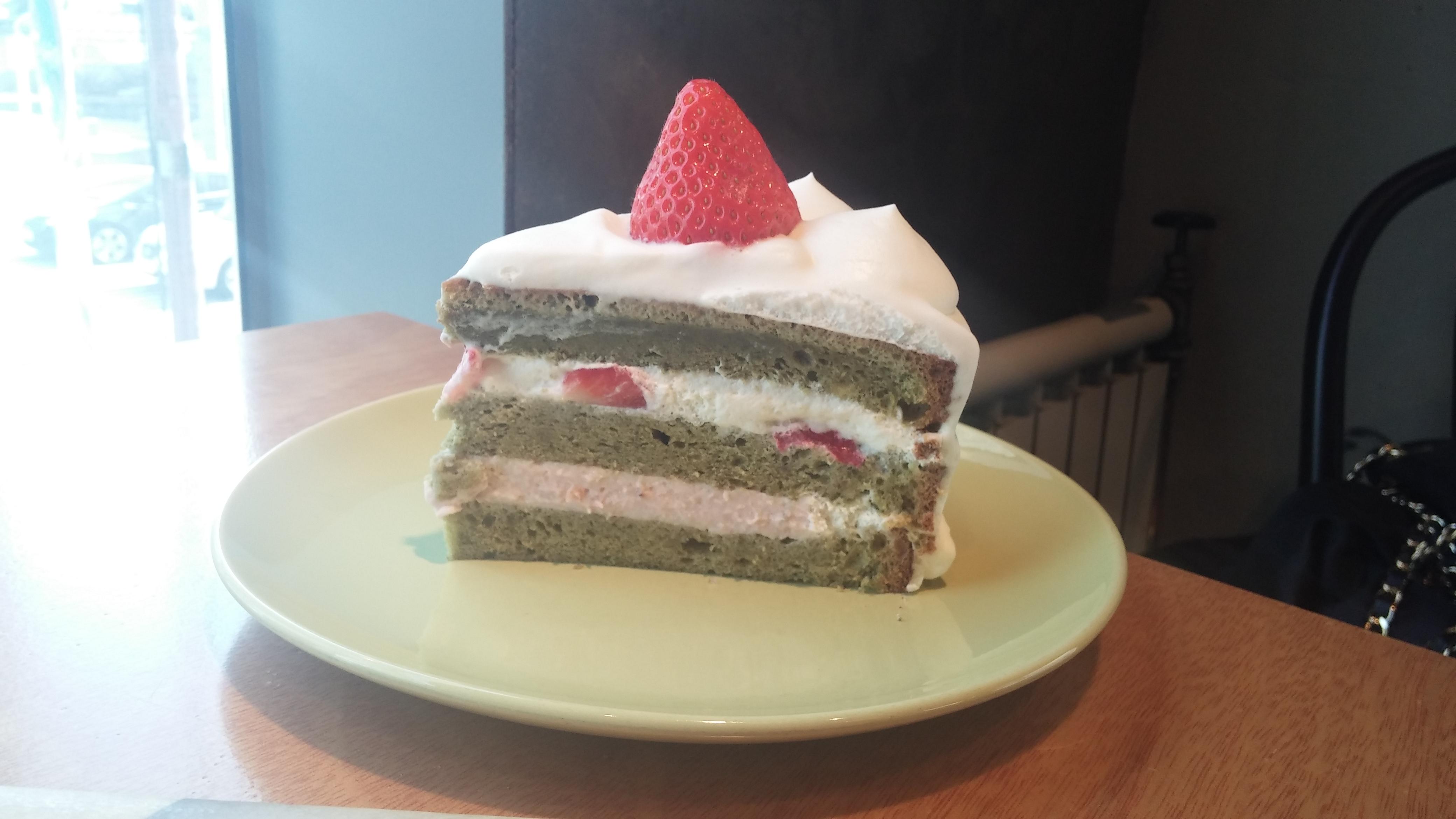 위켄드케이크/녹차 딸기 생크림 케이크
