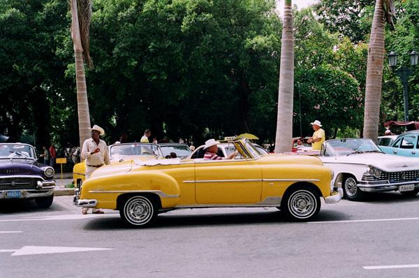 쿠바여행 열세번째, 시티 투어 버스를 기다리며