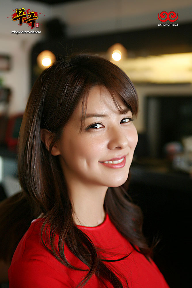후지이 미나(藤井美菜)