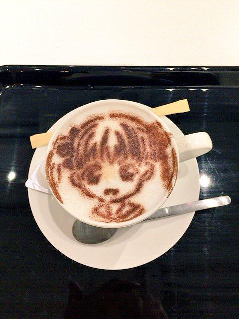 마리미테 전시회, 캐릭터 카푸치노 유미 버전의 사진..