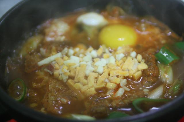 자취녀의 계절밥상(재활용요리)-돈가츠김치찌..