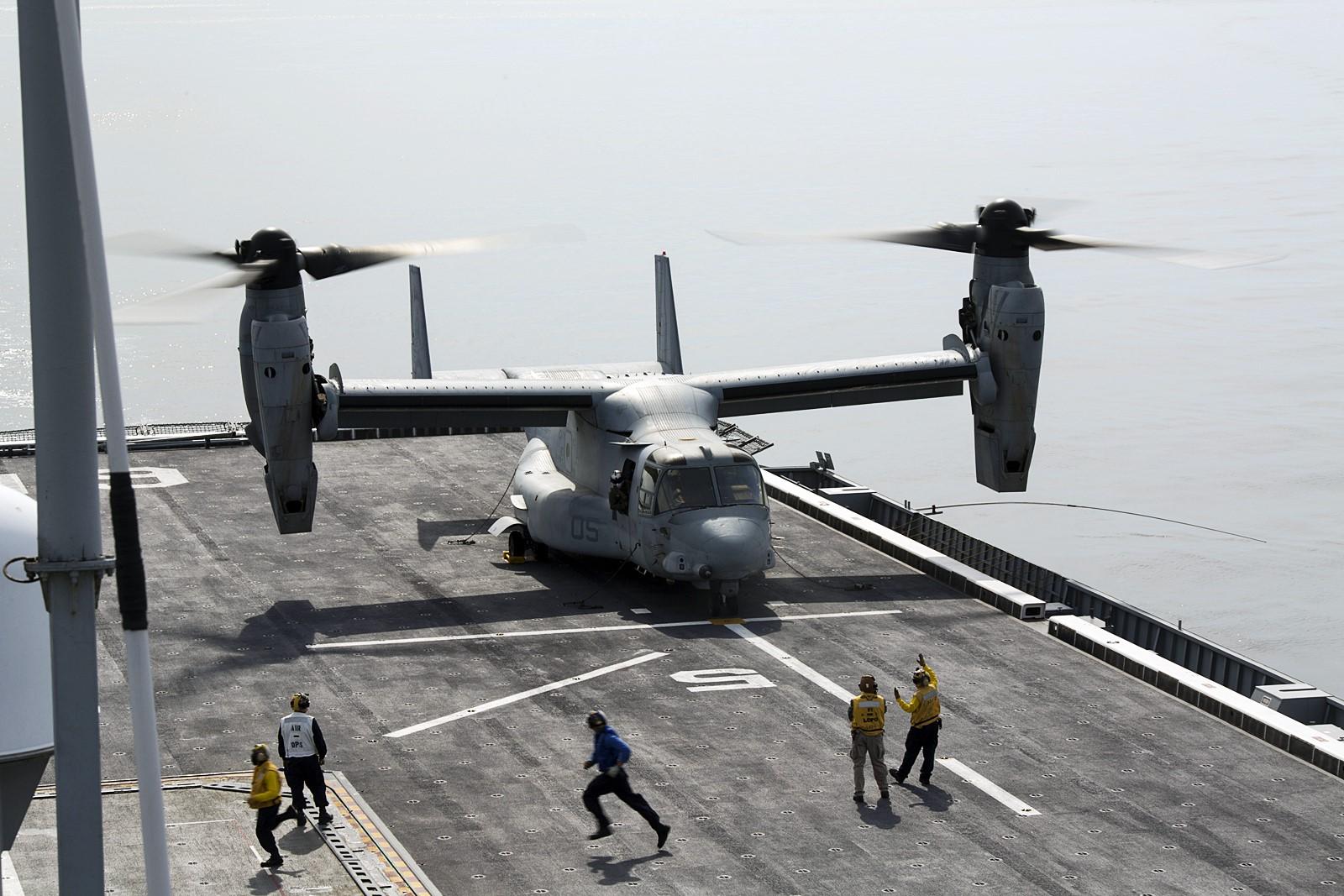 독도함에서 이착함 실시한 미해병대 MV-22B Osprey