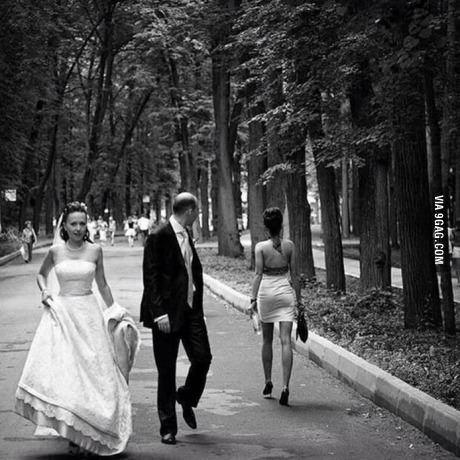 이제 막 결혼했어요.