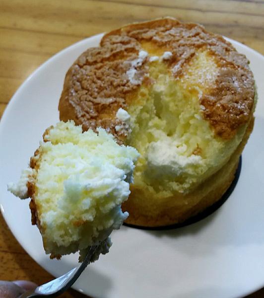 생크림 카스테라 <빵순이 빵돌이들을 위한 특별메뉴>