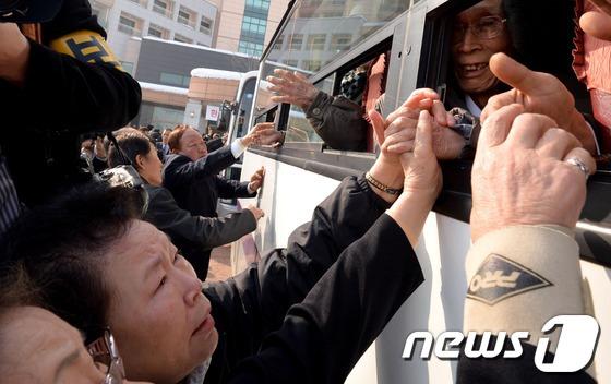 이산가족 80대 이상 54%.. 북한 가족 다 만나려면 500년