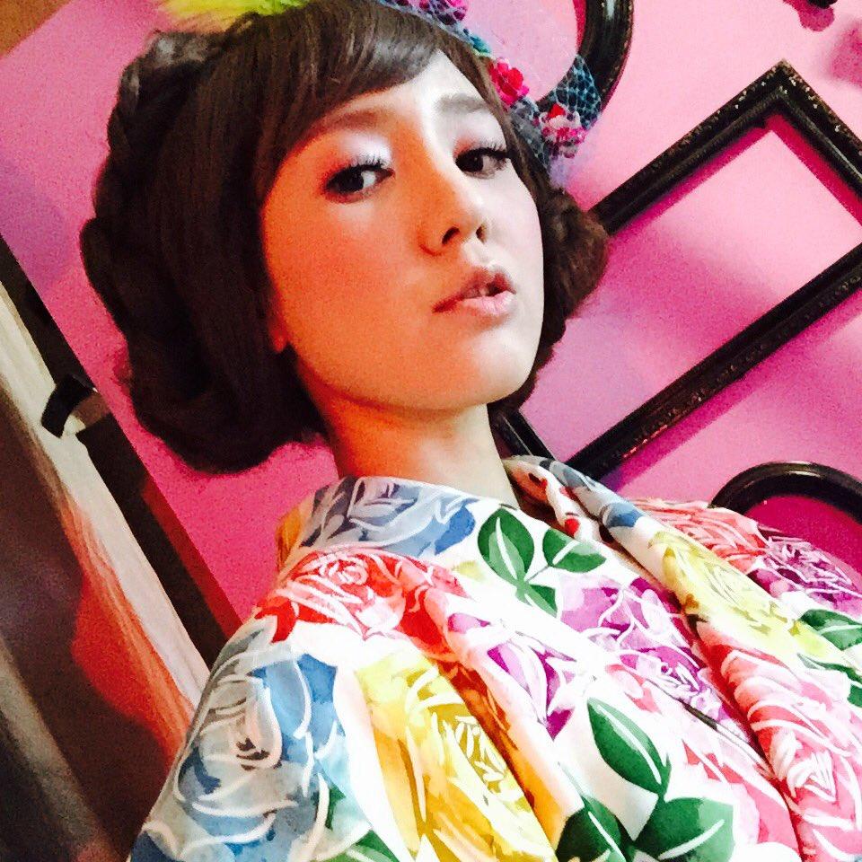 성우 이케자와 하루나씨가 자신의 트위터에 올린 사진