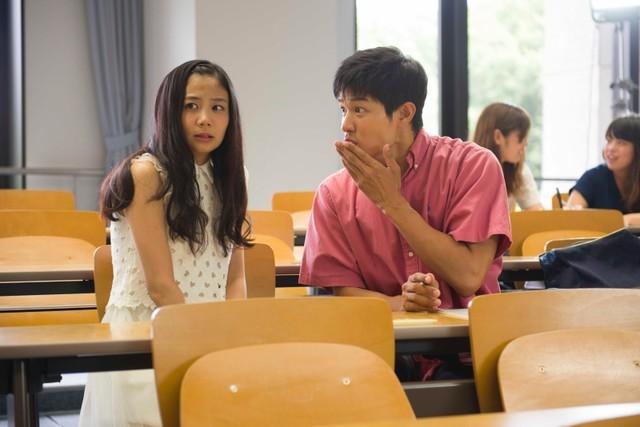 실사 영화 '변태가면' 속편 선행 장면컷 몇장, 전작..