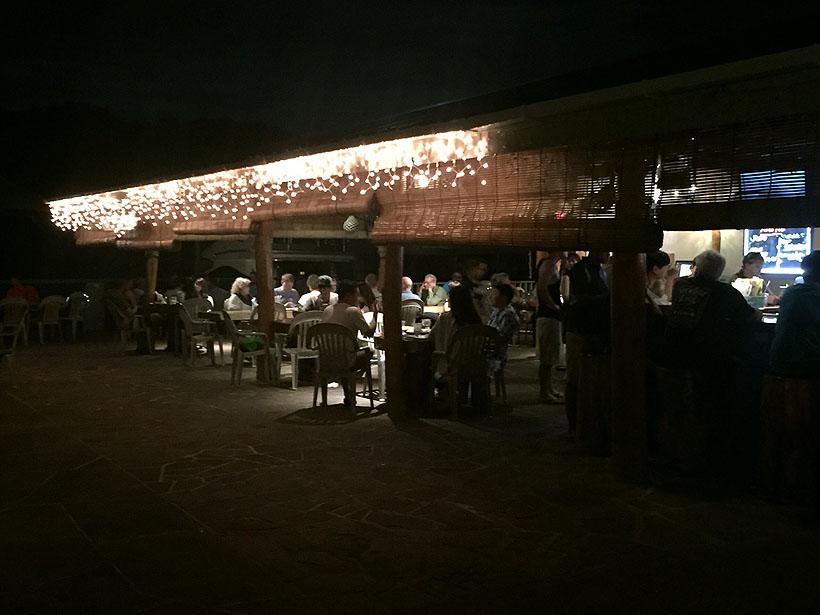 팔라우 코로르 지역 맛집 4위! '드롭 오프 바