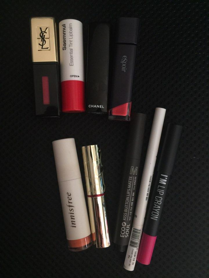너 립스틱이 왜 이렇게 많니?