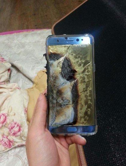 갤럭시 노트7의 교환품 폭발 - 치명적인 대응 실패