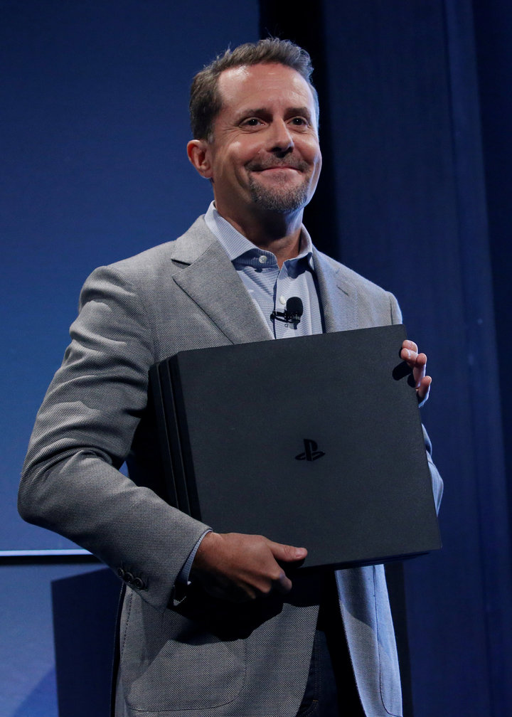 마크 써니의 인터뷰 해석: PS4 프로의 실재