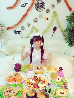 성우 오구라 유이가 자신의 블로그에 올린 사진, 할..