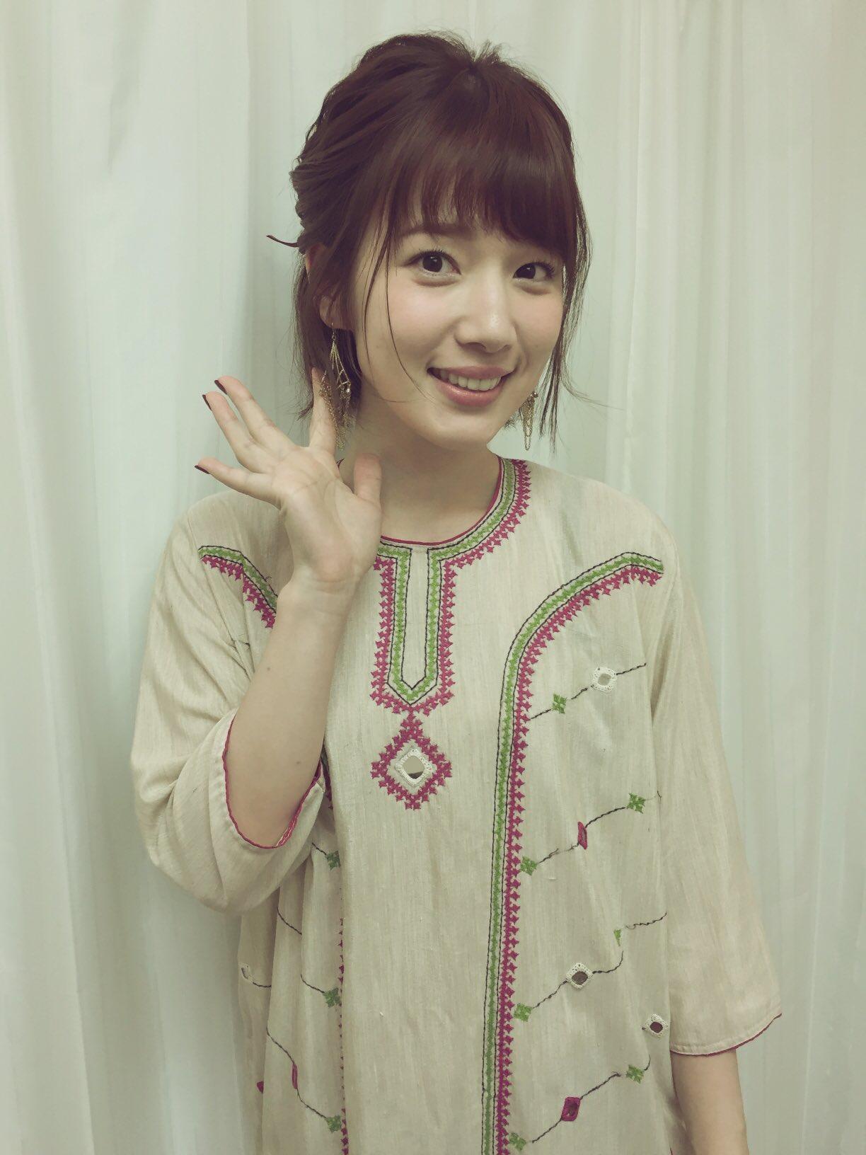 성우 우치다 마아야씨의 사진, 공개 녹음 이벤트에서
