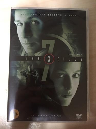 """""""엑스파일 시즌 7"""" DVD를 샀습니다."""