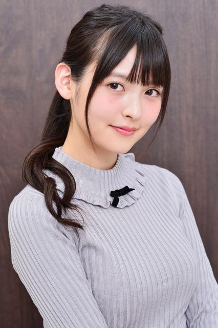 일본 아사히 신문 디지털판, 성우 우에사카 스미레의..