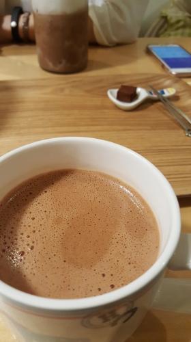 사당 초콜릿카페 므니에.