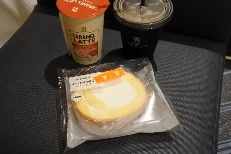 [일본여행] 일본 편의점 일본 세븐일레븐 롤케..