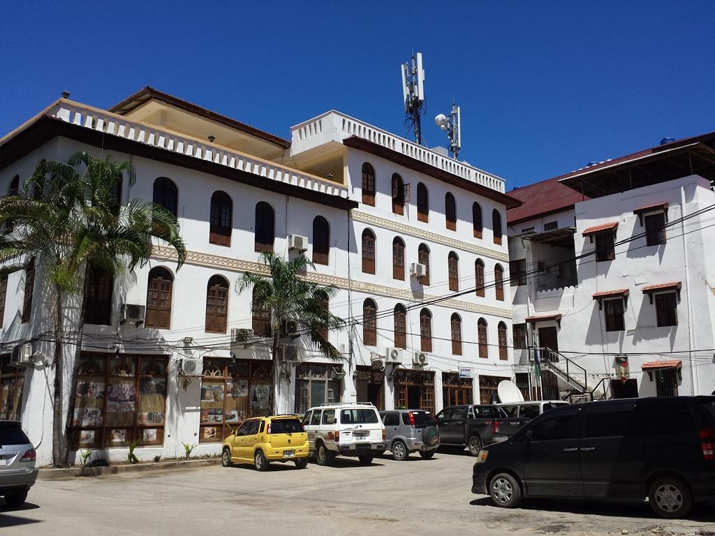 [탄자니아] Abuso Inn