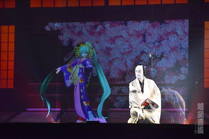 나카무라 시도 & 하츠네 미쿠의 가부키, NHK 교..