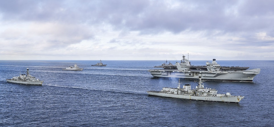 USS George H.W Bush & HMS Queen Elizab..