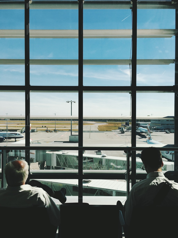 $1,500에 무제한 항공 여행을?
