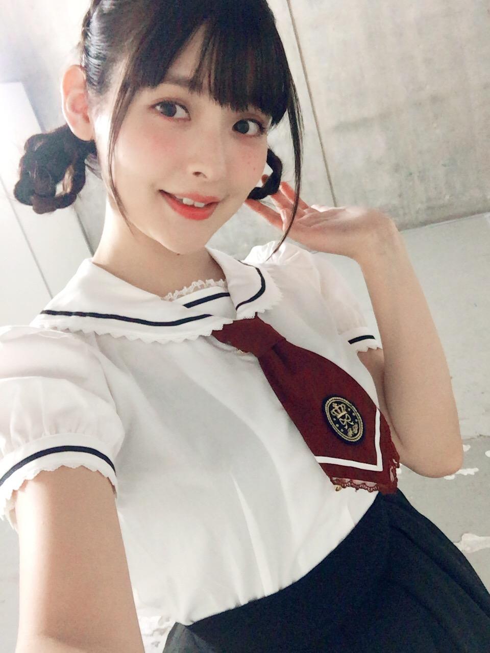 성우 우에사카 스미레의 사진, 함대 컬렉션의 관함식..