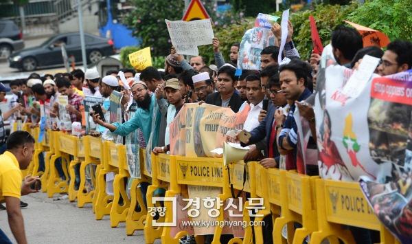 로힝자족 탄압 미얀마 만행에 무슬림 시위