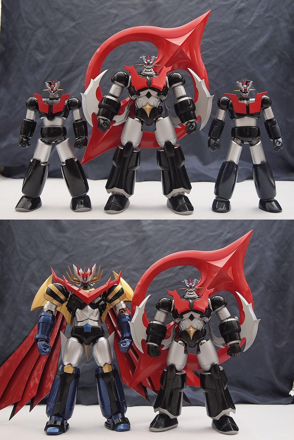 인간형 로봇 VS 괴수형 로봇