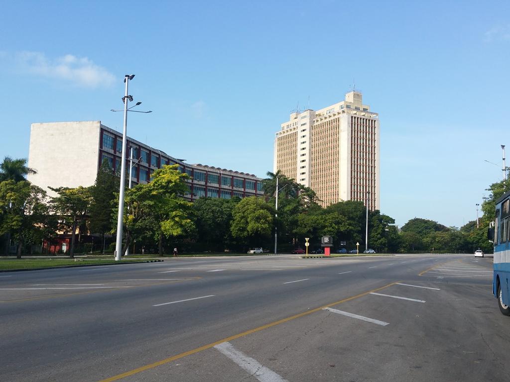 [쿠바] 혁명 광장에 발을 딛다