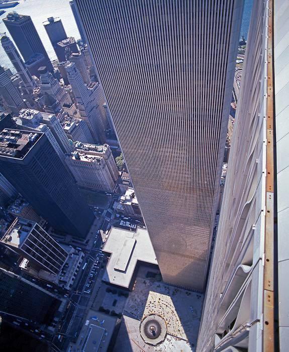 911때 무역 센터에서 뛰어내린 녀석들 시선
