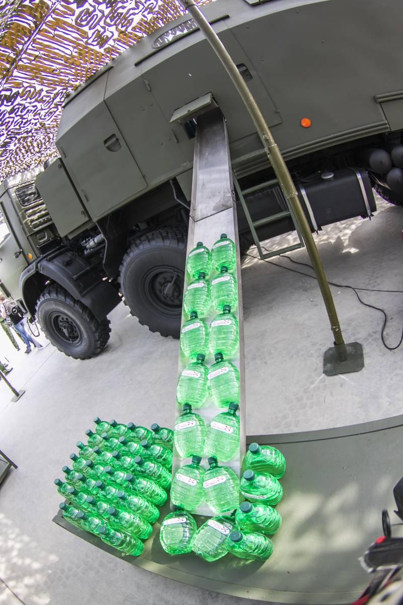 러시아 연대급 연대정수처리차량 '기기에나'