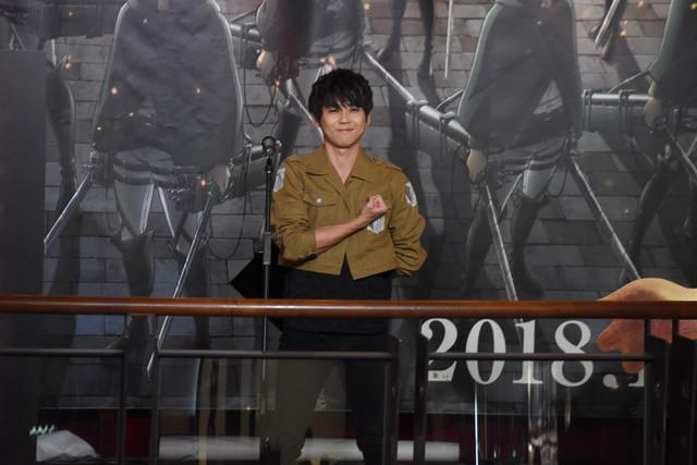 극장판 진격의 거인, 성우 카지 유우키가 신주쿠 발..