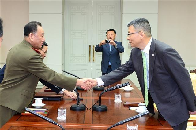 자유한국당은 소위 `게임이론`이란 걸 공부 좀 ..