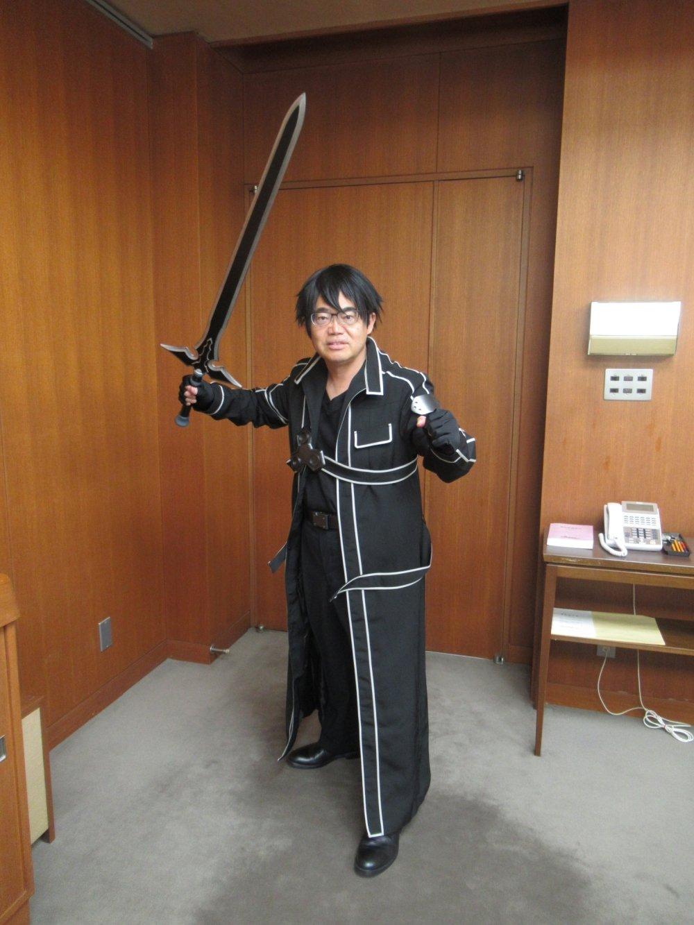 일본 아이치현의 지사가 '소드 아트 온라인'의 키리토..